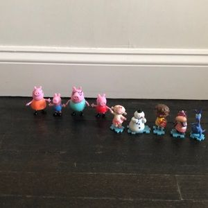 Other - Props Pig & Doc McStuffins Figurines